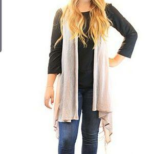 Lightweight Vest Soft Breathable Fabric  Fringe OS